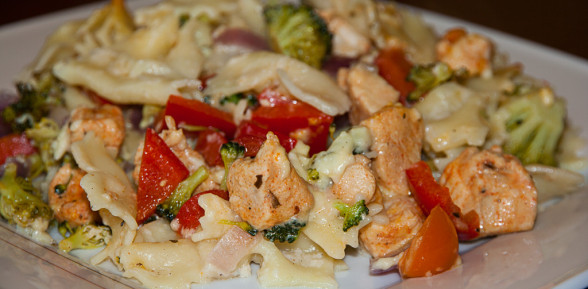 Makaron zapiekany z brokułami i serem