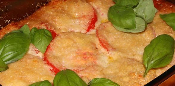 Makaron zapiekany z sosem serowym