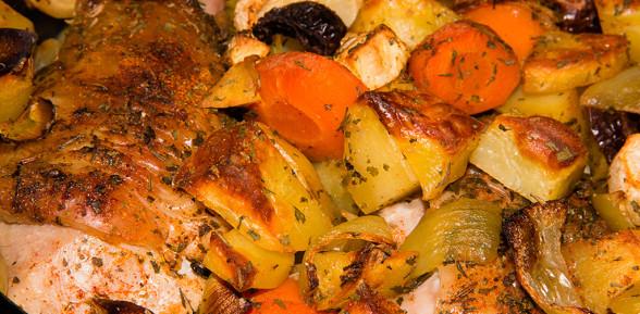 Golonki z indyka z warzywami